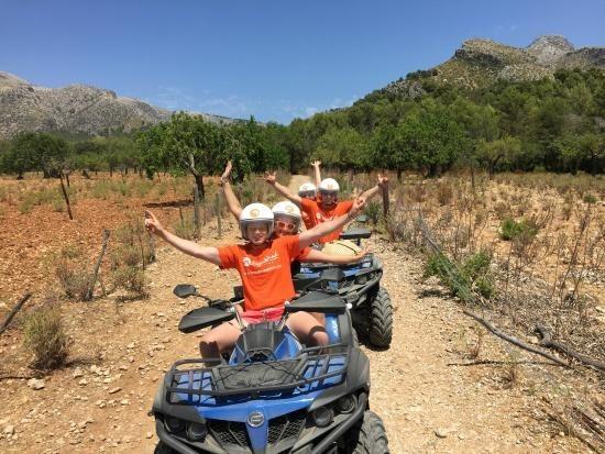 quad tour in wine area mallorca